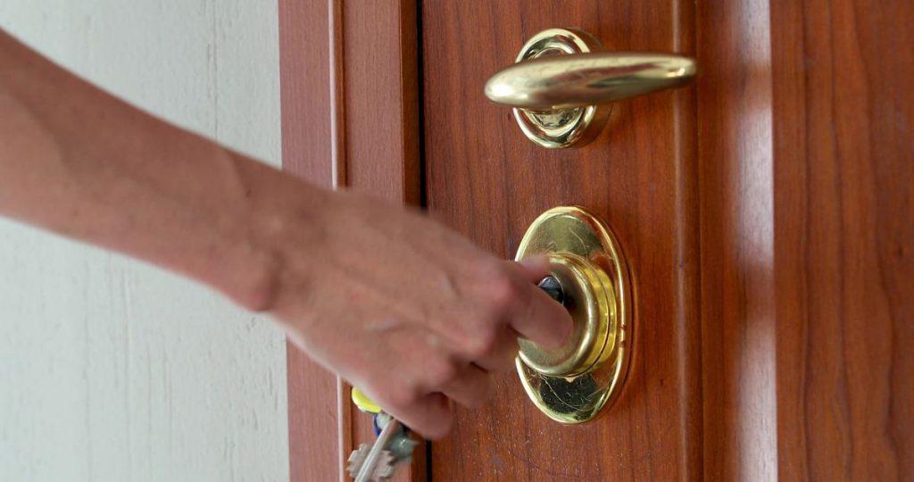 Quitar llave rota de cerradura